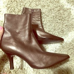 Heeled boots made in brazil